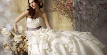 Top designeri români de rochii de mireasă