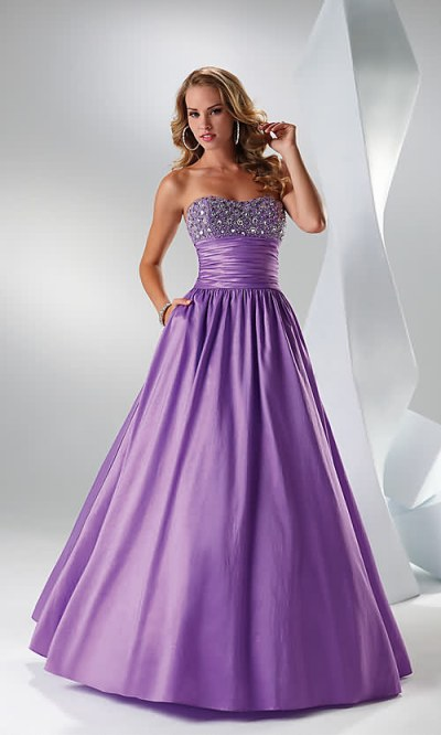 modele de rochii revelion 2013