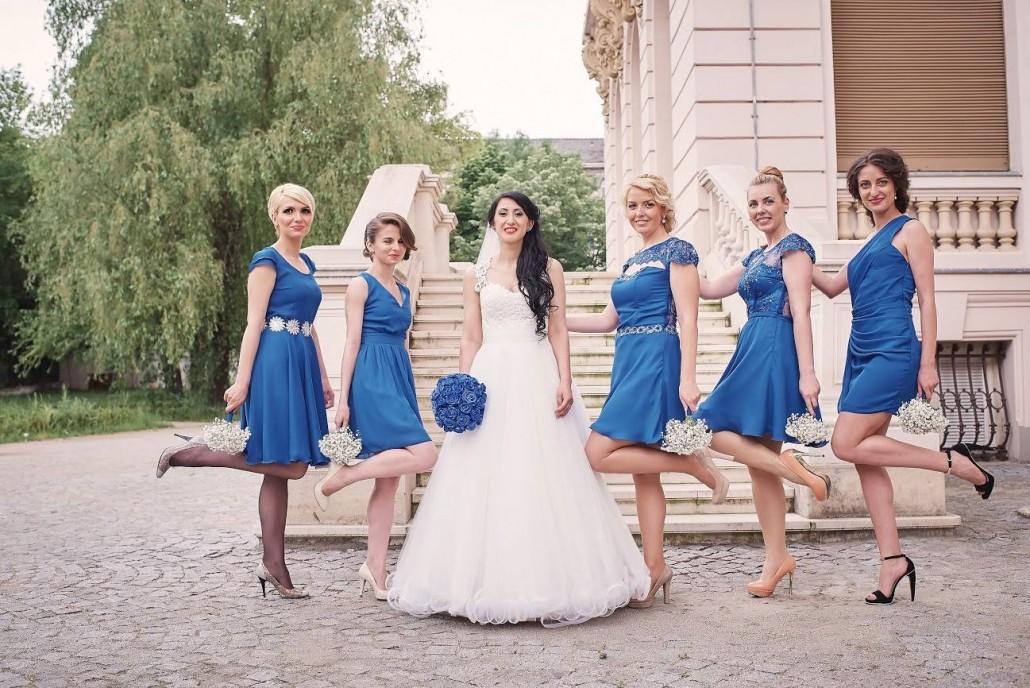 Credits by: rochii Natalia Vasiliev