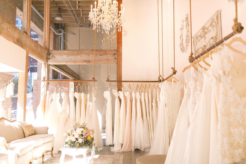 magazin cu rochii de mireasa