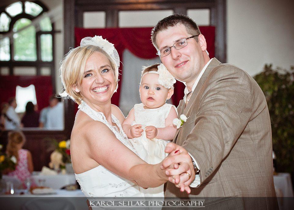 Cum combini nunta si botezul in aceeasi zi