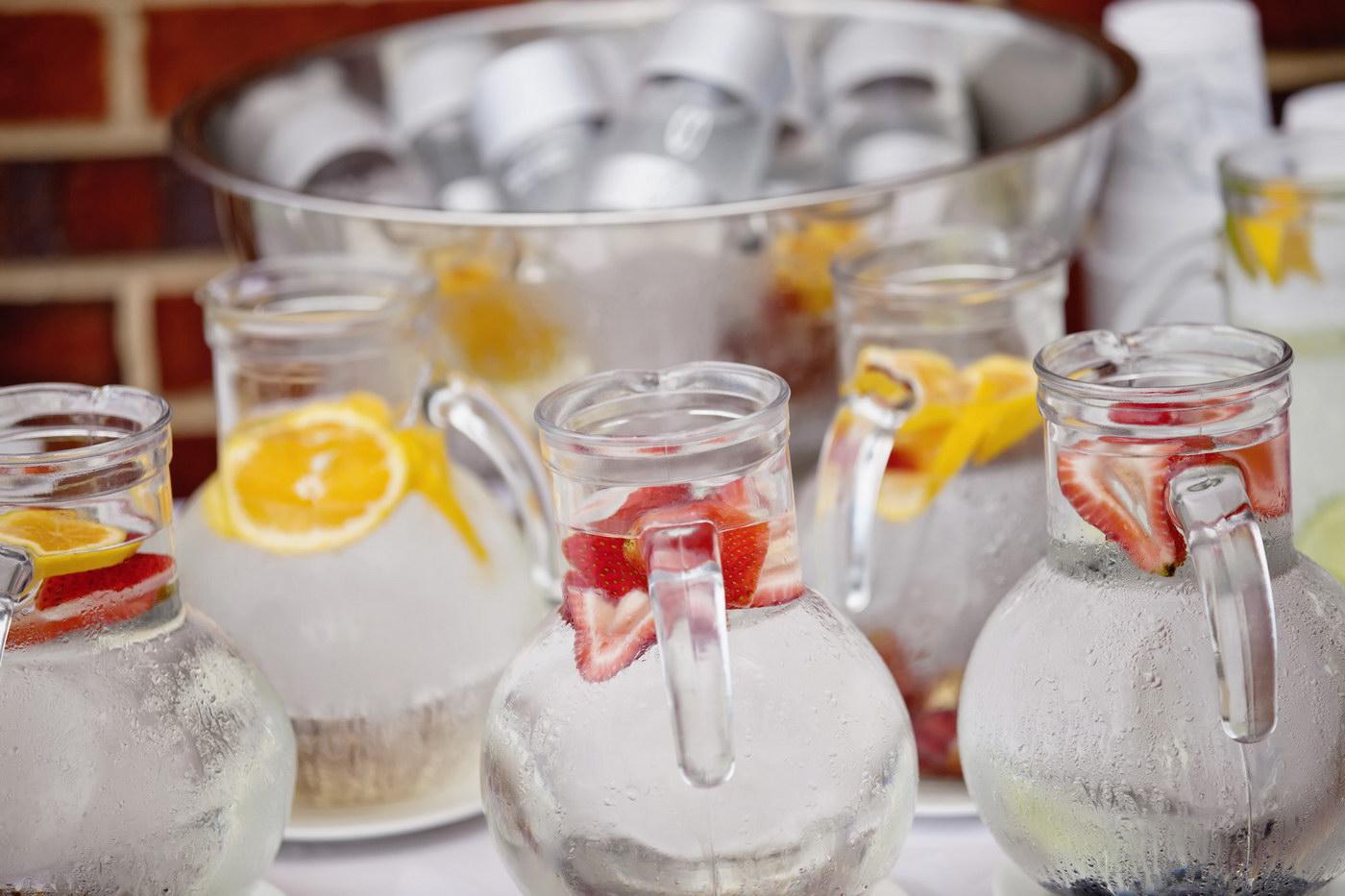 Mituri despre nuntile de vara