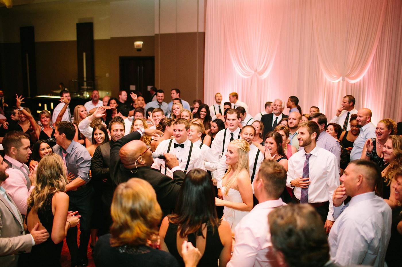 Cum sa alegi formatia pentru nunta
