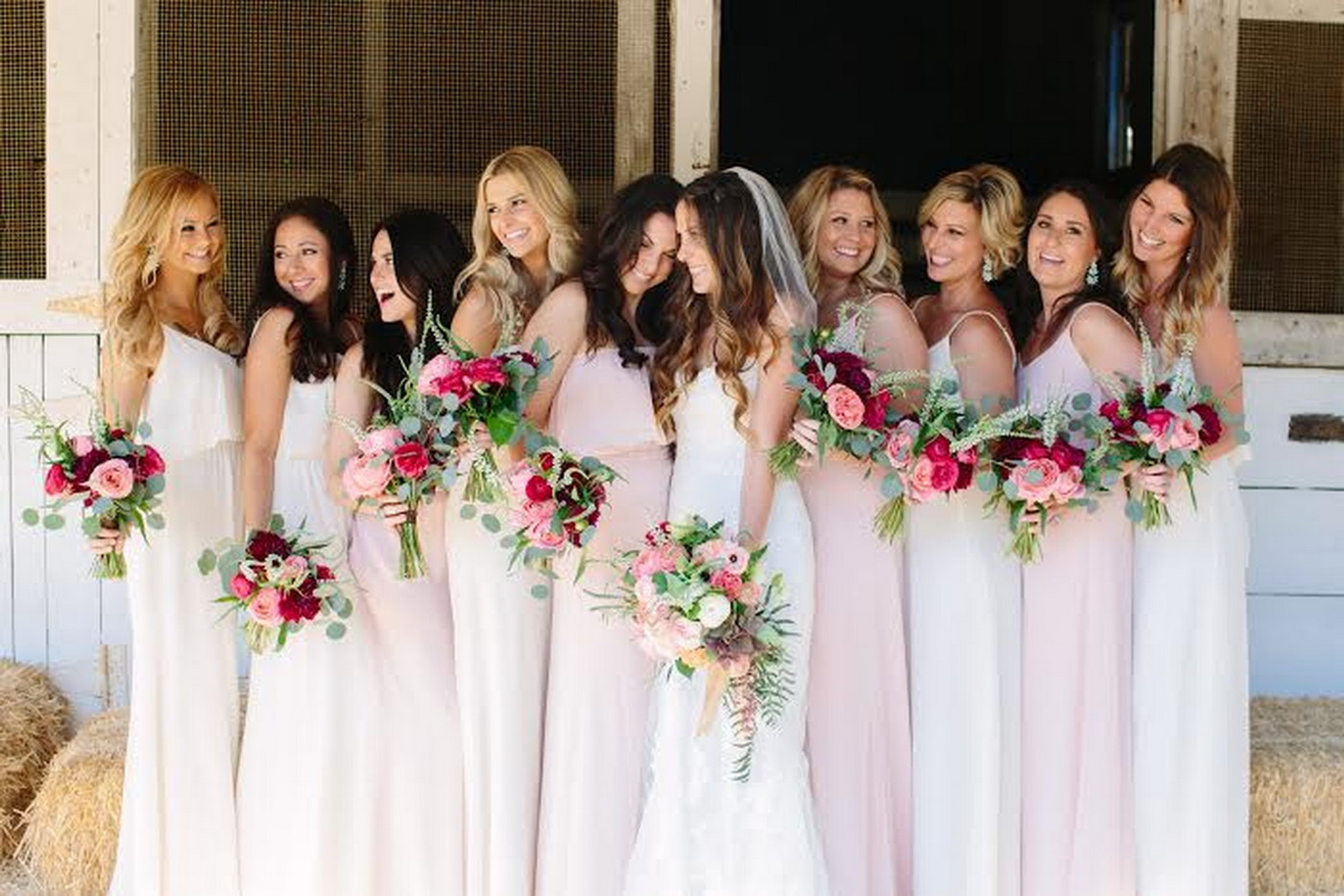 Cum sa alegi rochiile domnisoarelor de onoare