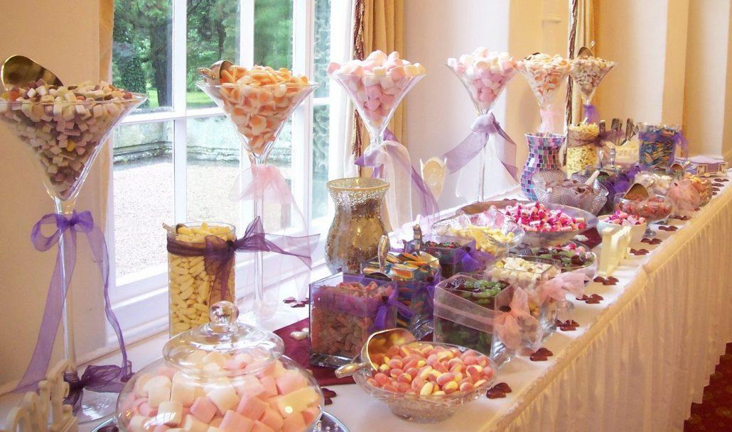 Candy bar pentru o nunta cat mai dulce si de neuitat