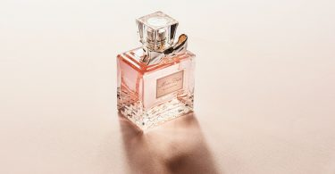 Parfumul pentru nunta. Ce alegi?