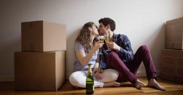 Ar trebui sa locuiti impreuna inainte de casatorie?
