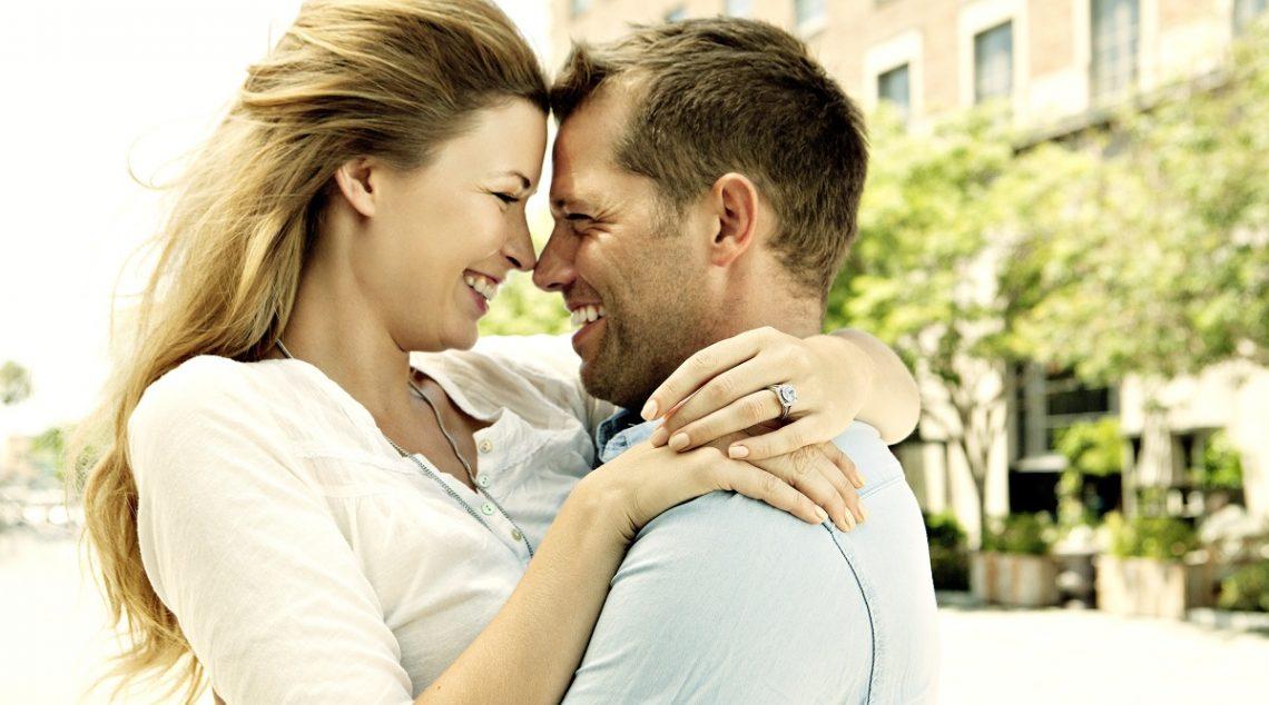 Intrebari neplacute care ti se adreseaza dupa logodna