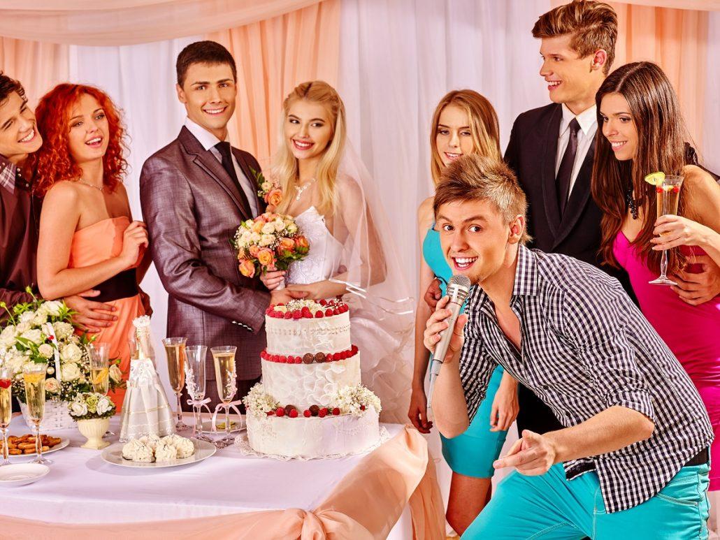 Pe cine inviti la nunta?