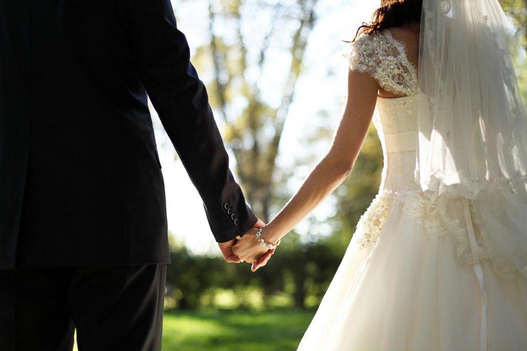 Falsitatea la nunta