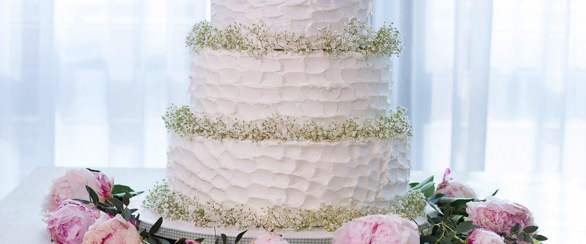 Nu face aceste greseli atunci cand alegi tortul de nunta!