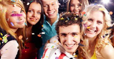 """18 lucruri la care se gandesc tinerii cand aud cuvantul """"nunta"""""""