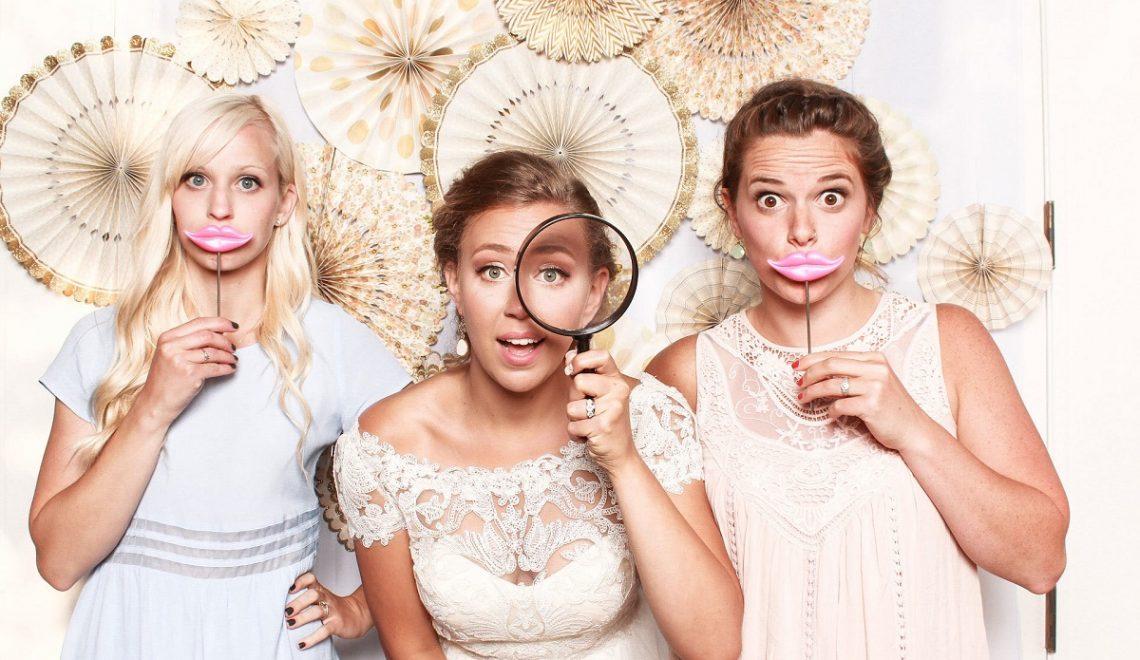 5 motive pentru care este bine sa ai o cabina foto la nunta
