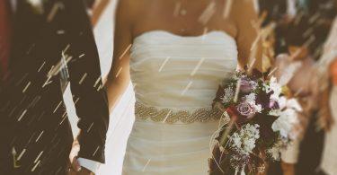 De ce este bine sa te documentezi putin inainte de a merge la nunta