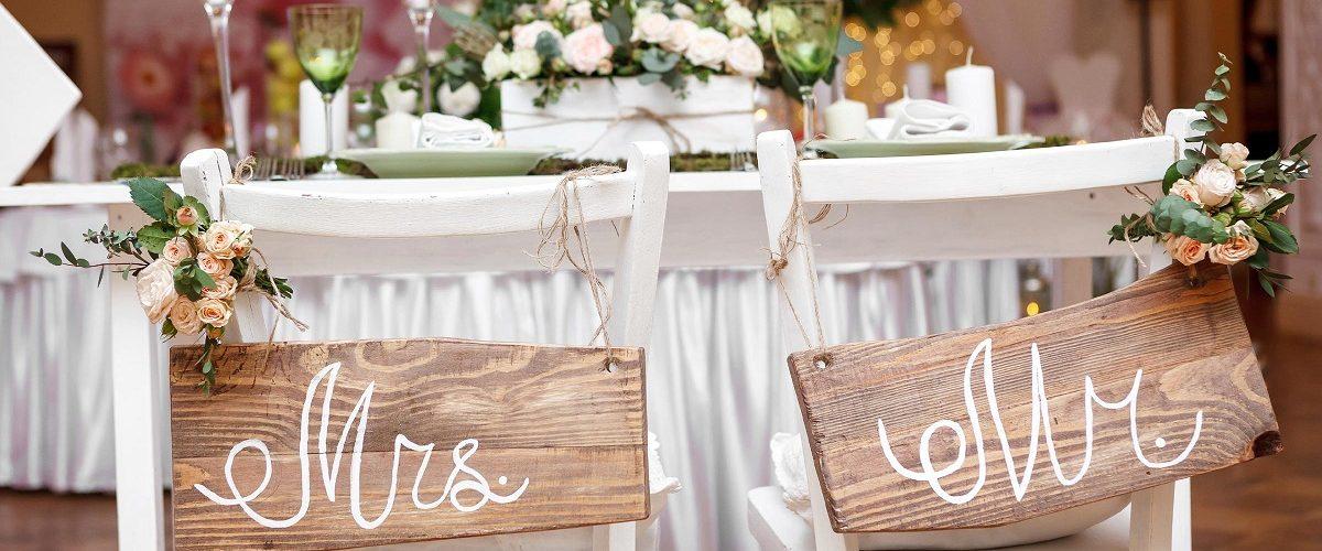 Parintii se implica prea mult in organizarea nuntii. Ce este de facut?