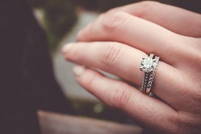 Sfaturi de curatare pentru inelul de logodna