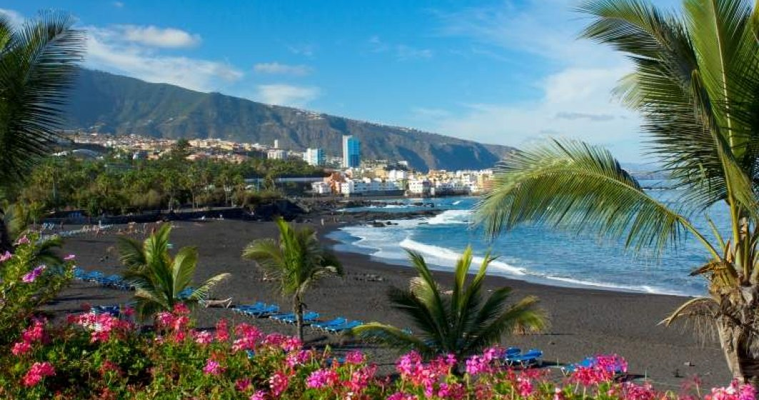 Tenerife-Plaja-cu-Nisip-Vulcanic