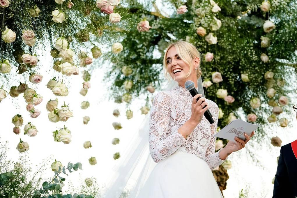 Cat costa o nunta?