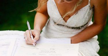 Argumente pro si contra schimbarii numelui dupa casatorie