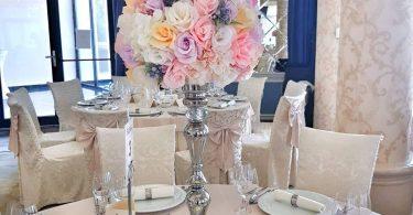 Cum scrii inventiv la mese numele invitatilor la nunta ta