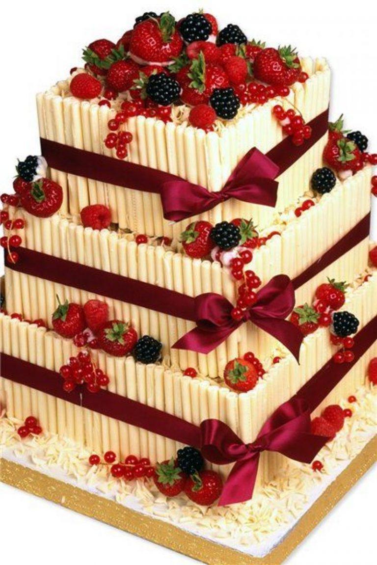 Inspiratie pentru crearea unui tort cu fructe - Ghidul tau
