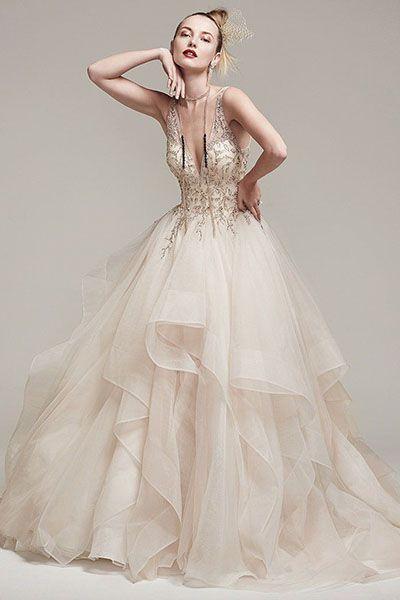 rochii de mireasă aurii