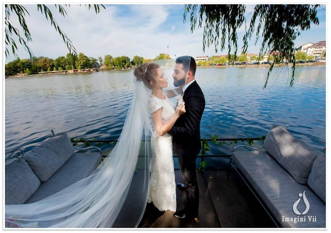 Nunta pe ponton