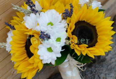 Buchetul de mireasa realizat din floarea soarelui