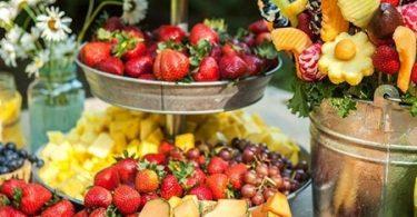 Bufetul de fructe pentru masa de la nunta