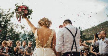 Este iubirea suficienta pentru a mentine o casnicie?