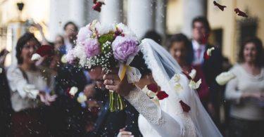 Urari de nunta pentru sora