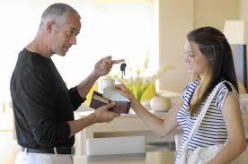 Ce trebuie sa stie proaspat casatoritii despre banii lor