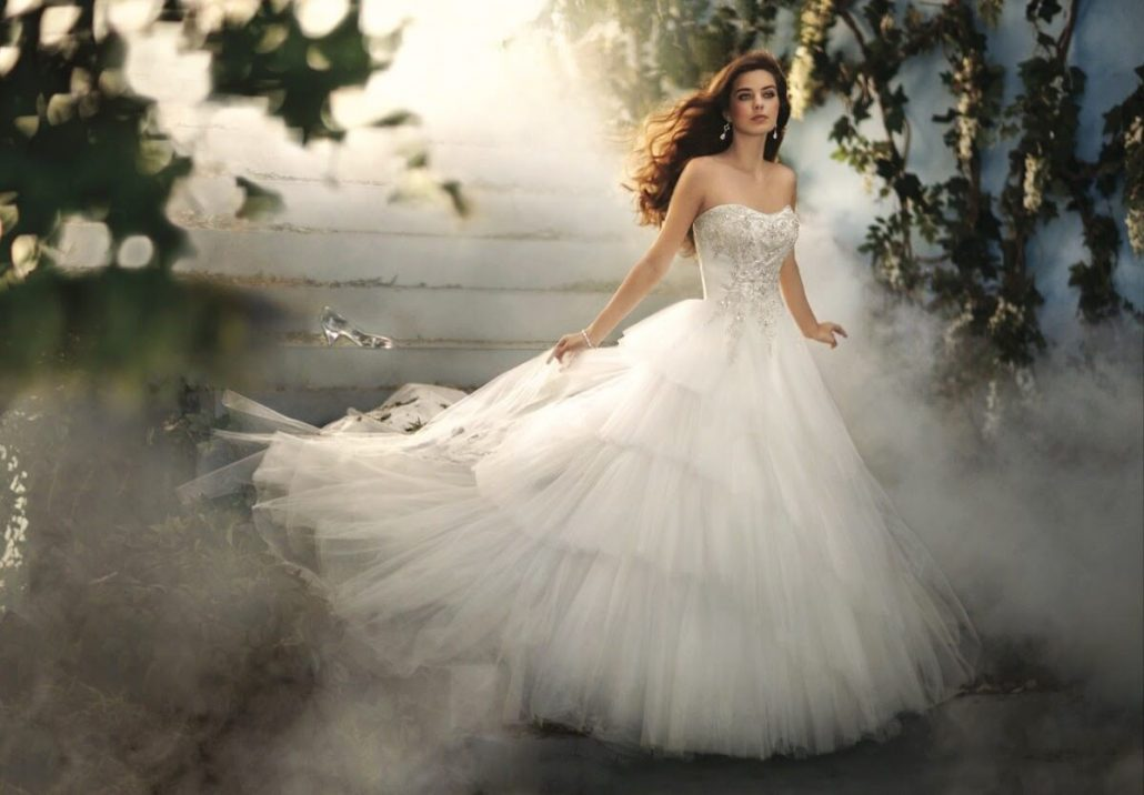 Cand visezi ca alegi o rochie de mireasa pentru tine