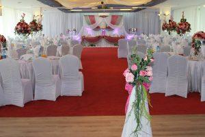 Cum arata o nunta în pura si clasica culoare alba