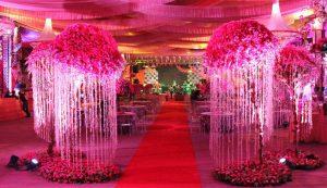 Idei creative pentru decorarea unei sali de nunta