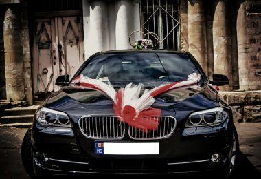 Metode si pasi pentru decorarea masinii de nunta