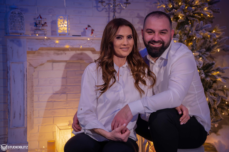 Sedinta foto de Craciun pentru cupluri